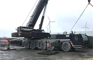 LIEBHERR LTM1200-5.1
