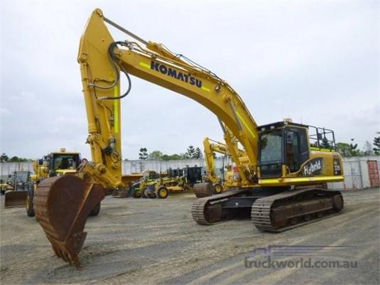 2015 Komatsu HB335 LC-1 - Heavy Machinery for Sale