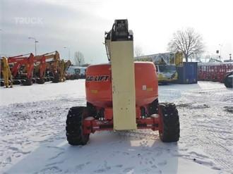 JLG 600AJ