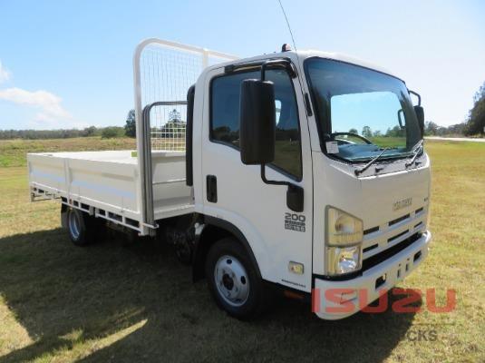 2011 Isuzu NPR200 Used Isuzu Trucks - Trucks for Sale