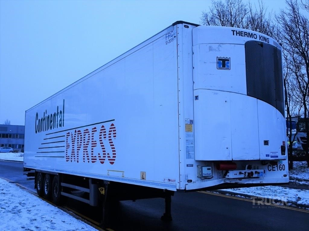 SCHMITZ TWIN EVAP FRIDGE TRAILER