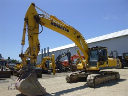 2014 Komatsu PC300 - Heavy Machinery for Sale