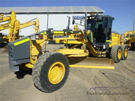 2013 Komatsu GD655-5 - Heavy Machinery for Sale