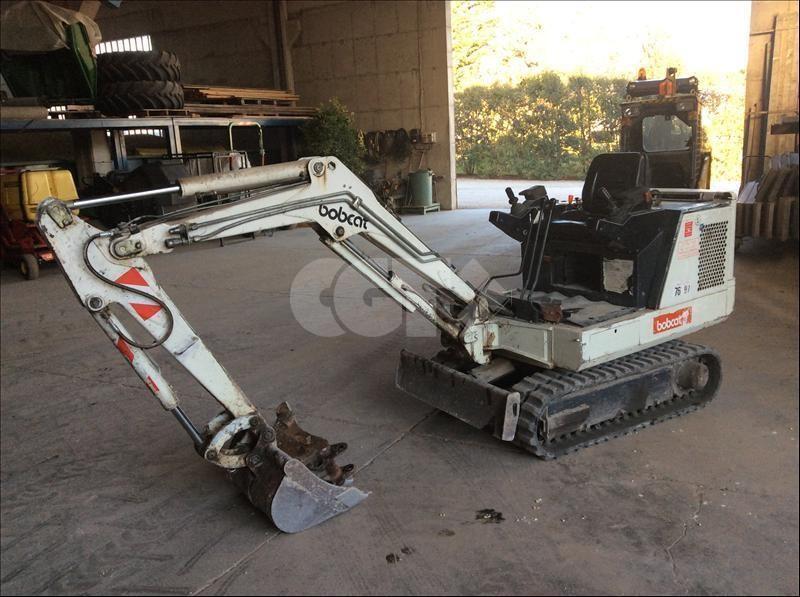 Bobcat X320 Usato
