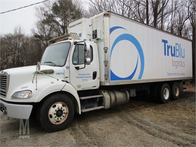 FREIGHTLINER BUSINESS CLASS M2 100 Trucks For Sale - 165