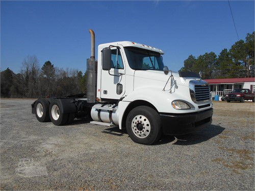 I-16 TRUCK SALES & EQ Inventory | 48 Listings  Page 1 of 2