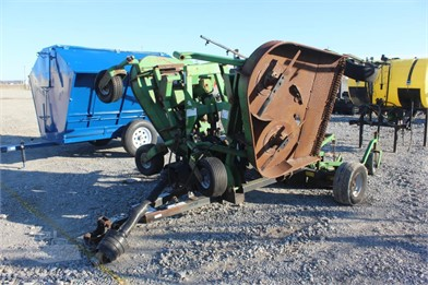 FRONTIER 12' PULL TYPE BAT WING FINISH MOWER Other Auction