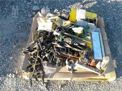 Pallet Of John Deere Header Parts Other Auction Results - 1