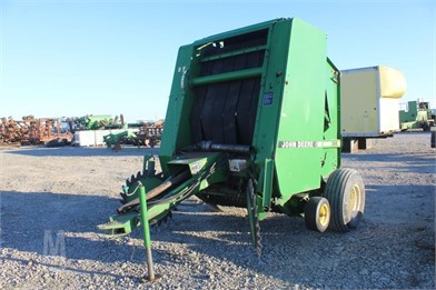 JOHN DEERE 385 ROUND HAY BALER Other Auction Results - 1 Listings