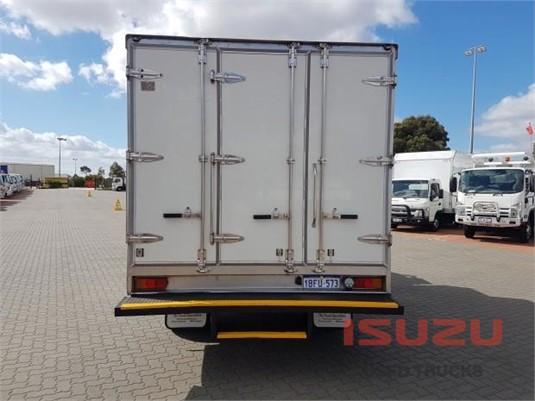 2002 Isuzu NQR 450 Used Isuzu Trucks - Trucks for Sale