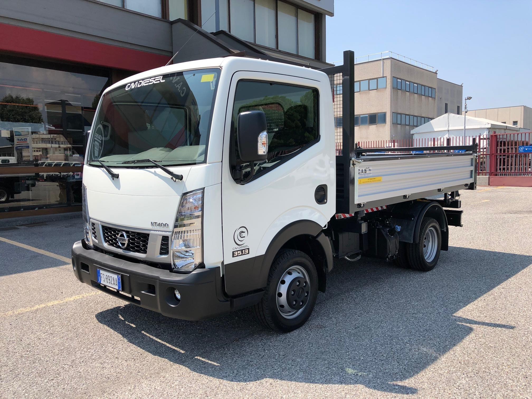 Nissan NT400 Neuf