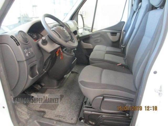 Nissan NV400 Uzywany 2015
