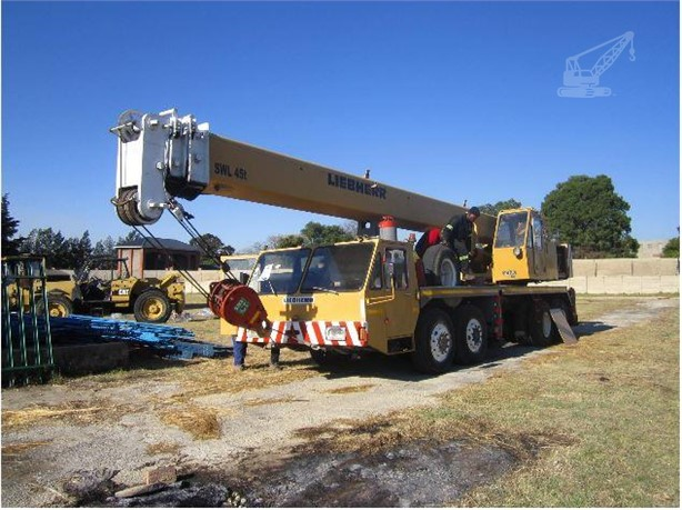LIEBHERR Tower Cranes For Sale - 62 Listings   CraneTrader