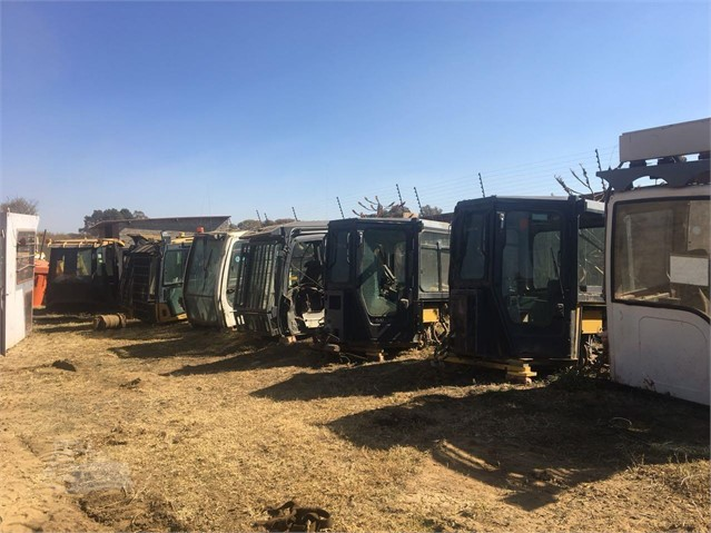 CAT 349E Cab, Other For Sale In Kempton Park, Gauteng South Africa