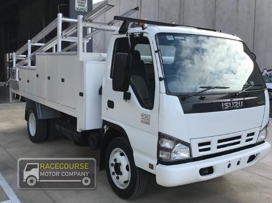 2007 Isuzu NQR450 Racecourse Motor Company - Trucks for Sale