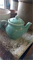 USA pottery tea pot