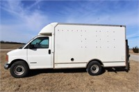 2000 CHEVROLET C3500 BOX VAN