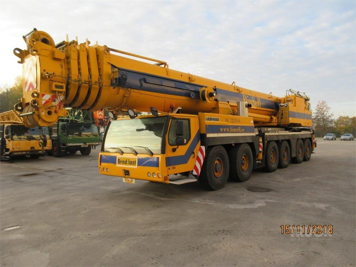 LIEBHERR LTM1300-6.1