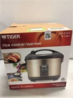 TIGER RICE COOKER/WARMER 8 CUPS