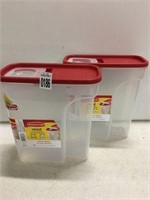 2PC RUBBERMAID CEREAL CONTAINER