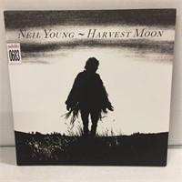 NEIL YOUNG VINYL RECORD ALBUM
