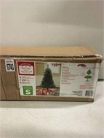 4.5FT. CHRISTMAS TREE