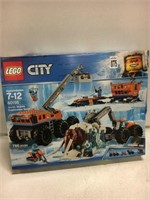 LEGO CITY ARCTIC MOBILE BASE