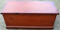 19TH C. DOVETAILED LIFT TOP BOX, DIVIDED