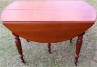 19TH C. CHERRY 5 LEG DROP LEAF DINING TABLE,