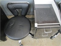 PEDICURE TROLLEY WITH STOOL