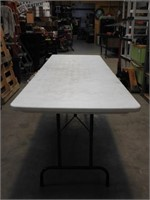 8' lifetime folding table