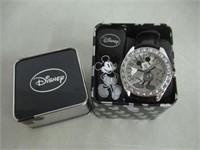 Disney Unisex MK1015 Mickey Mouse Silver Dial