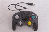 """""""As Is"""" Poulep Wired Gamepad Controller for Wii"""