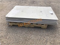 13pc 3FT x 5FT NEW Cement Boards