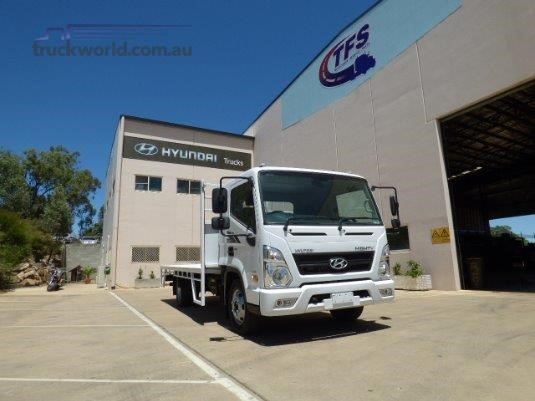 2017 Hyundai Mighty EX8 Super Cab LWB Trucks for Sale