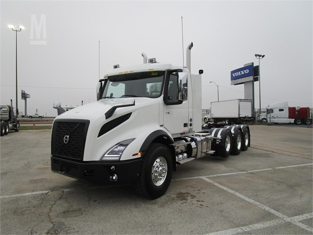 2019 VOLVO VNX84T300 For Sale In Fort Worth, Texas | MarketBook co nz