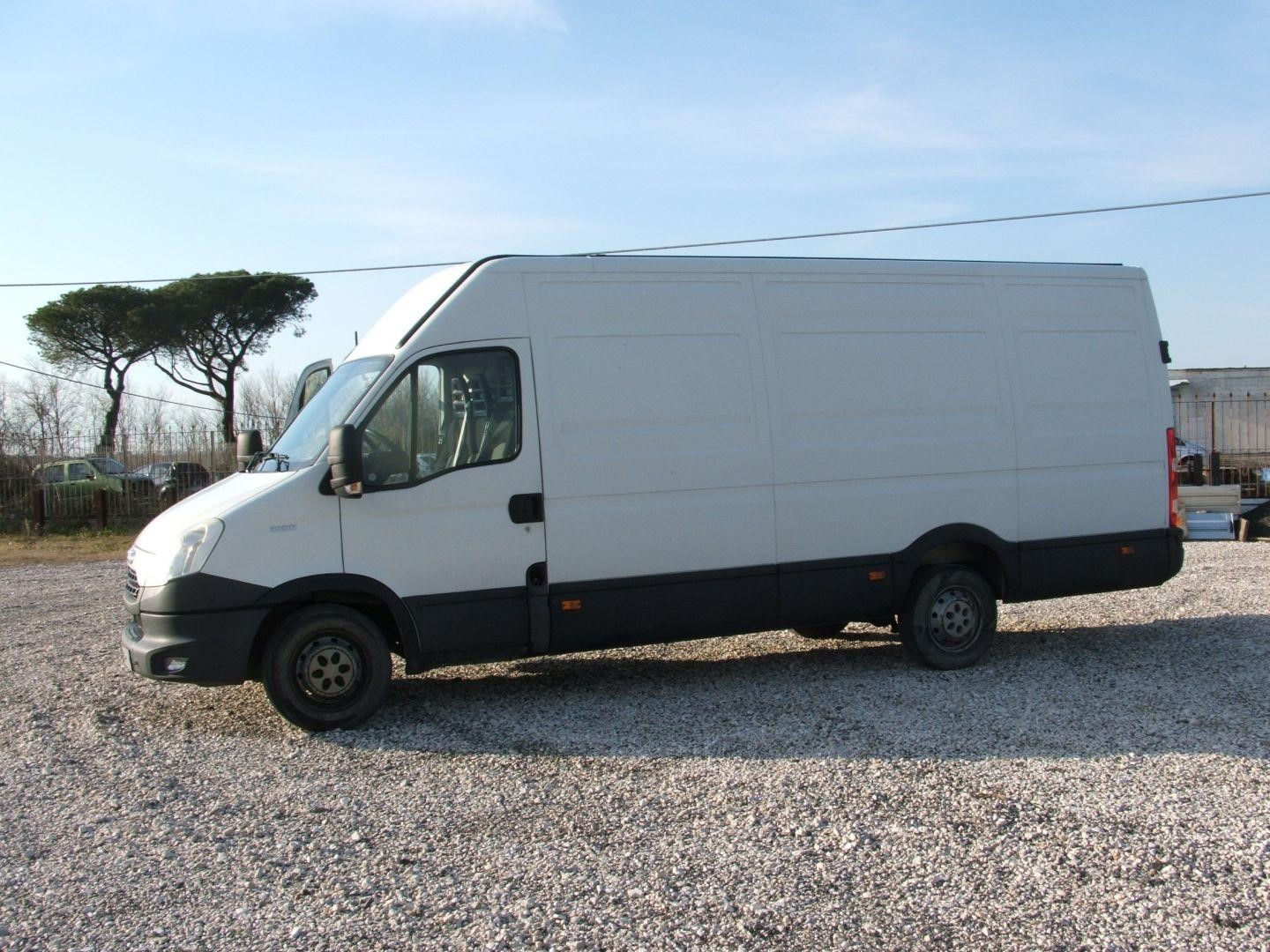 Iveco DAILY 35S17 Second-hand