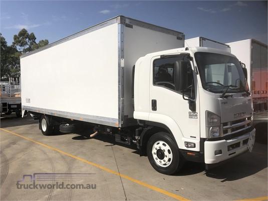 2013 Isuzu FSR Gilbert and Roach - Trucks for Sale