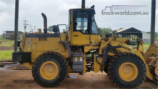 2003 Komatsu WA320 Heavy Machinery for Sale