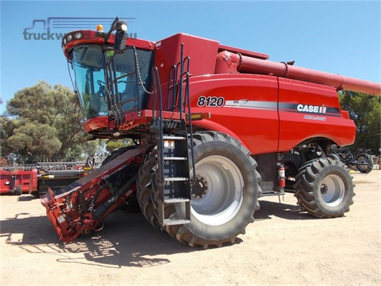 2010 Case Ih 8120 Farm Machinery for Sale