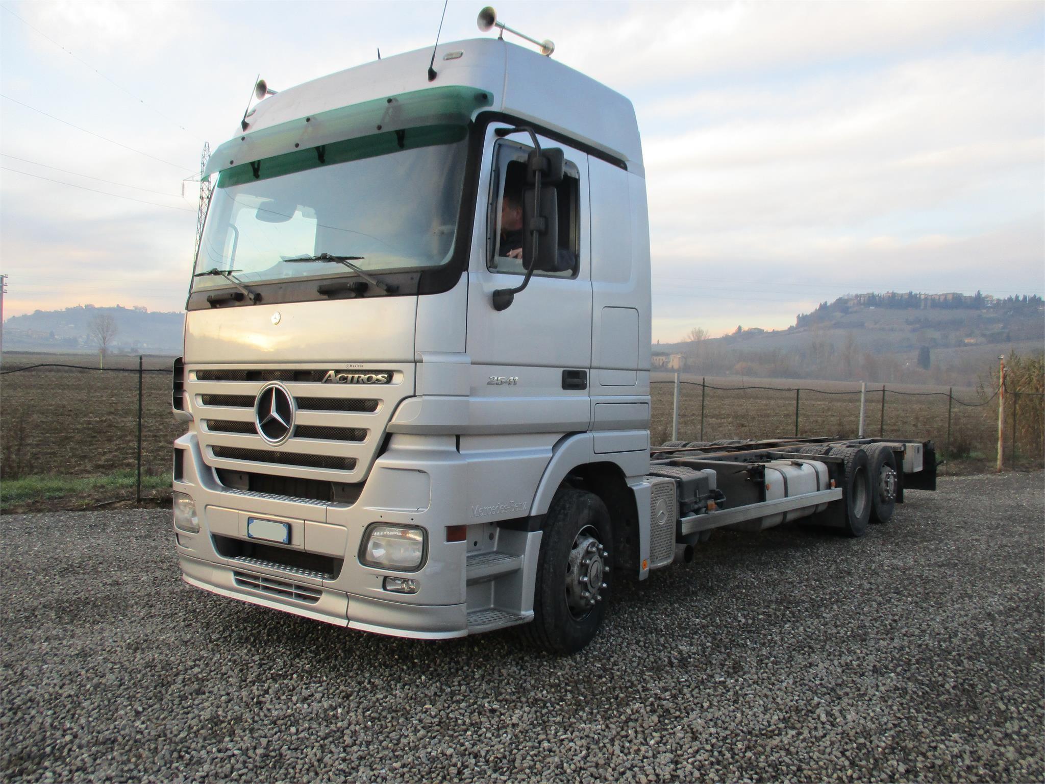 Mercedes-Benz ACTROS 2541 Uzywany