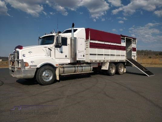 2002 Kenworth T404 Trucks for Sale