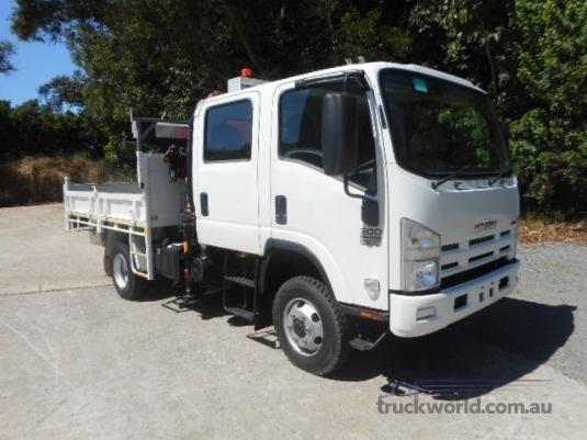 2009 Isuzu NPS 300 4x4 Crew - Trucks for Sale