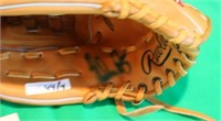4 PIECE LOT TO INCLUDE A NOLAN RYAN SIGNED GLOVE