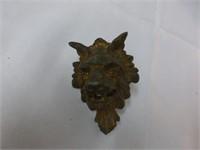 Grate, Brass Lion's Head Pulls, (con't)