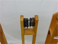 (4) Wooden Quilt Stands/ (4) C-Clamps