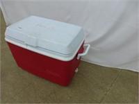 Rubbermaid Cooler/ Laundry Basket