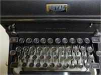 Royal #89 Manual Typewriter w/Book