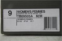 Timberland Women's NORWOOD MID WP Hiking Boot,