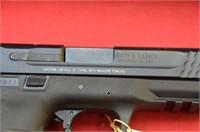 Smith & Wesson M&P45 .45 auto Pistol